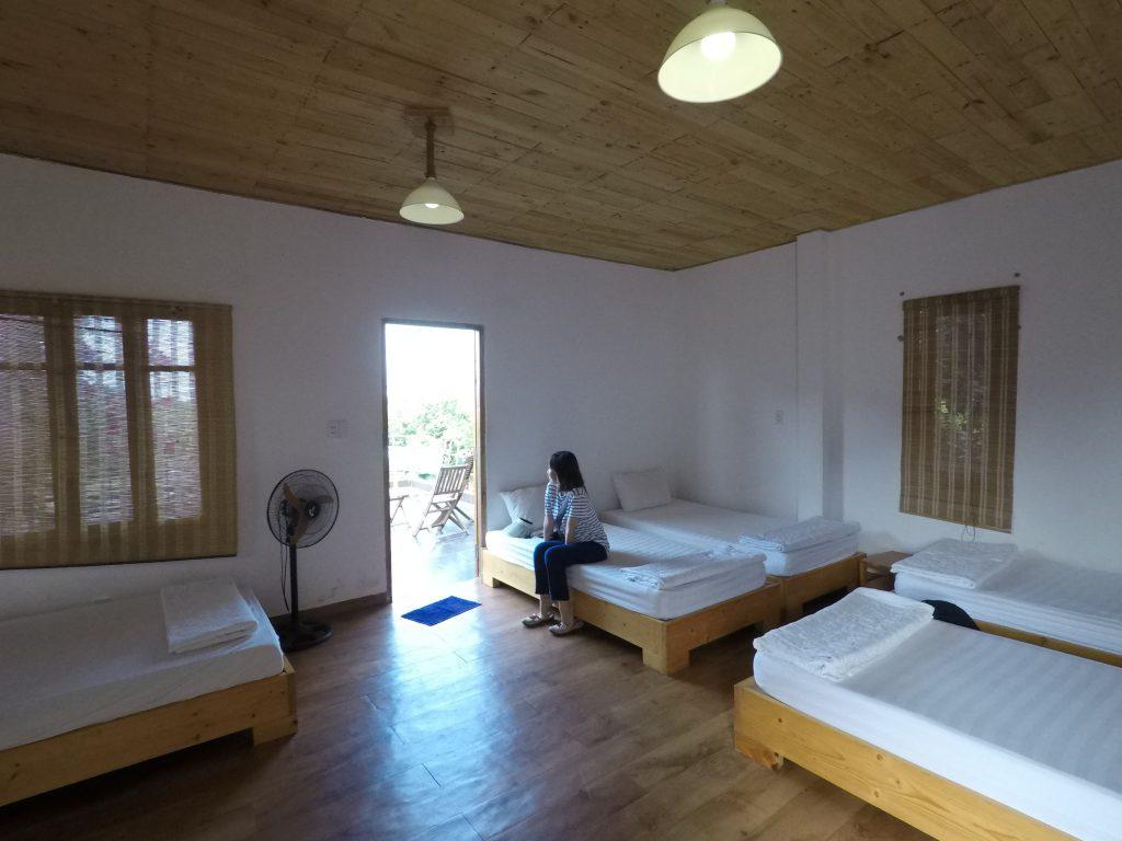 Villa Đảo Hoa Vàng - Phòng Family 5 người